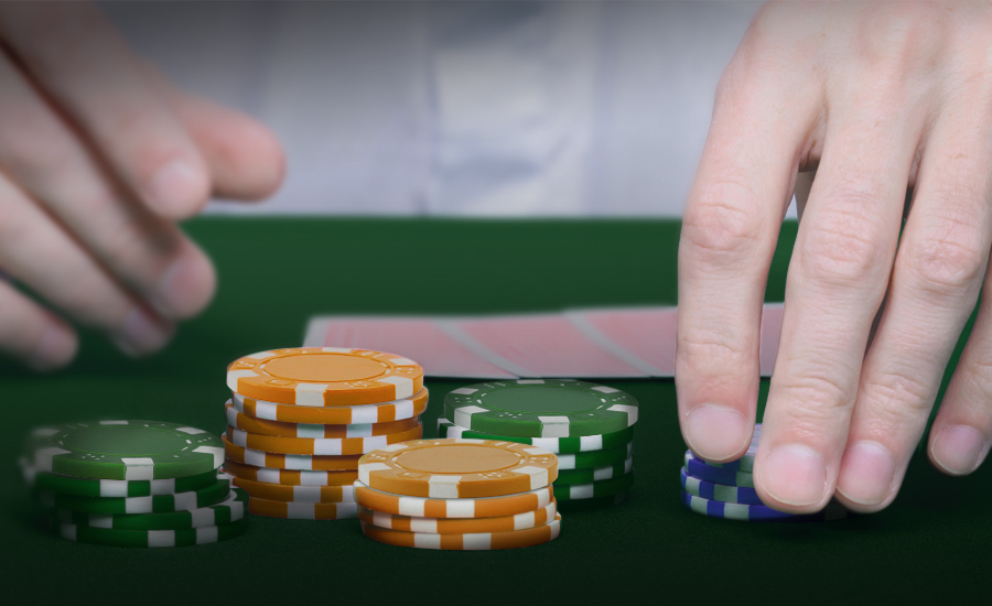 Kasinopelit: panosstrategiat ja -järjestelmät
